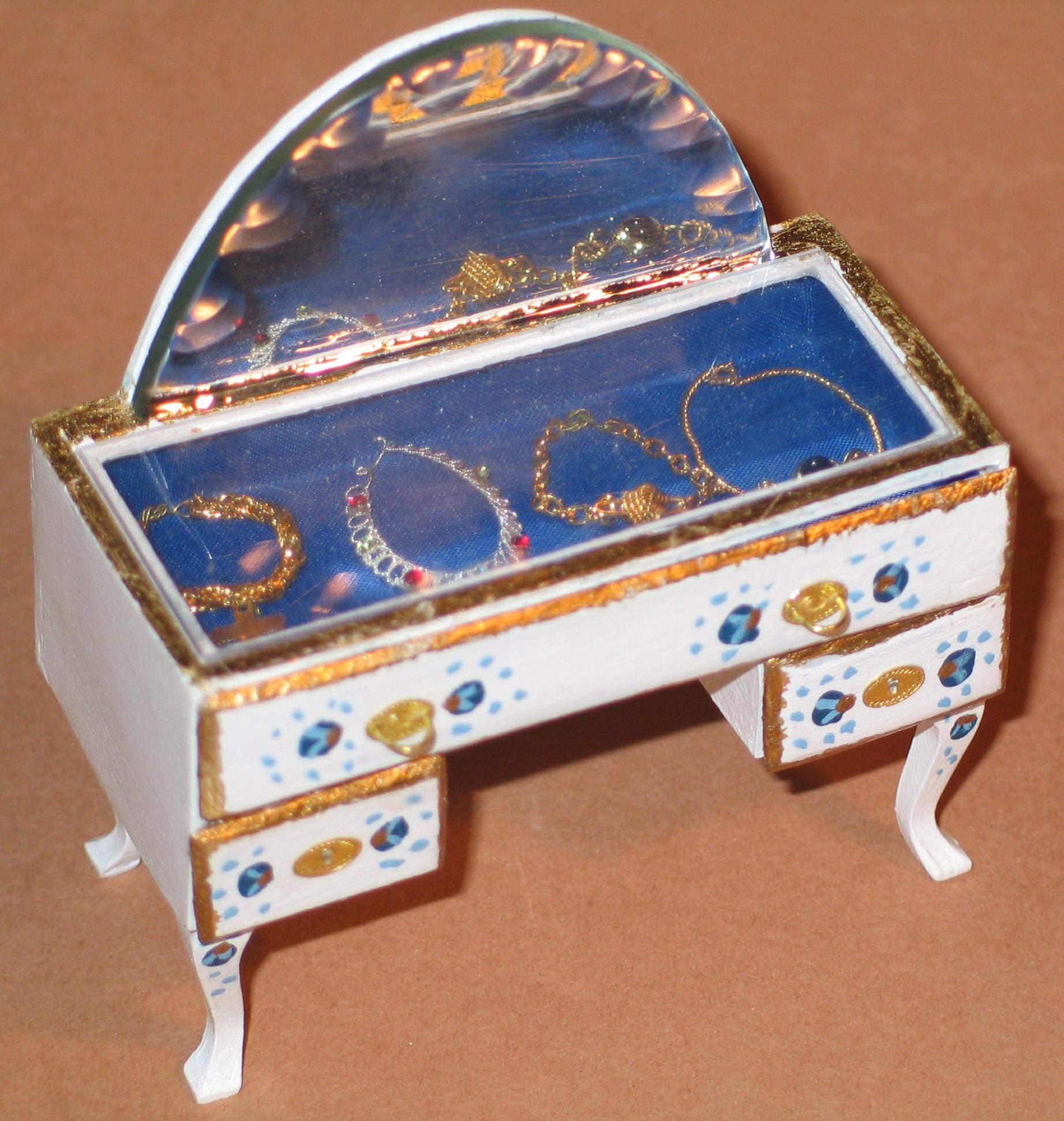 puppenhausminiaturen. Black Bedroom Furniture Sets. Home Design Ideas